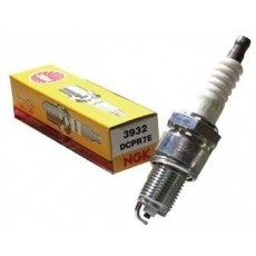 NGK CR7EB Spark Plug - High Performance for Scooter Fits 00-04 Piaggio Zip 50